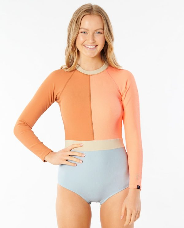 WLYYUW_Searchers UV Surfsuit_MULTICO_FRONT